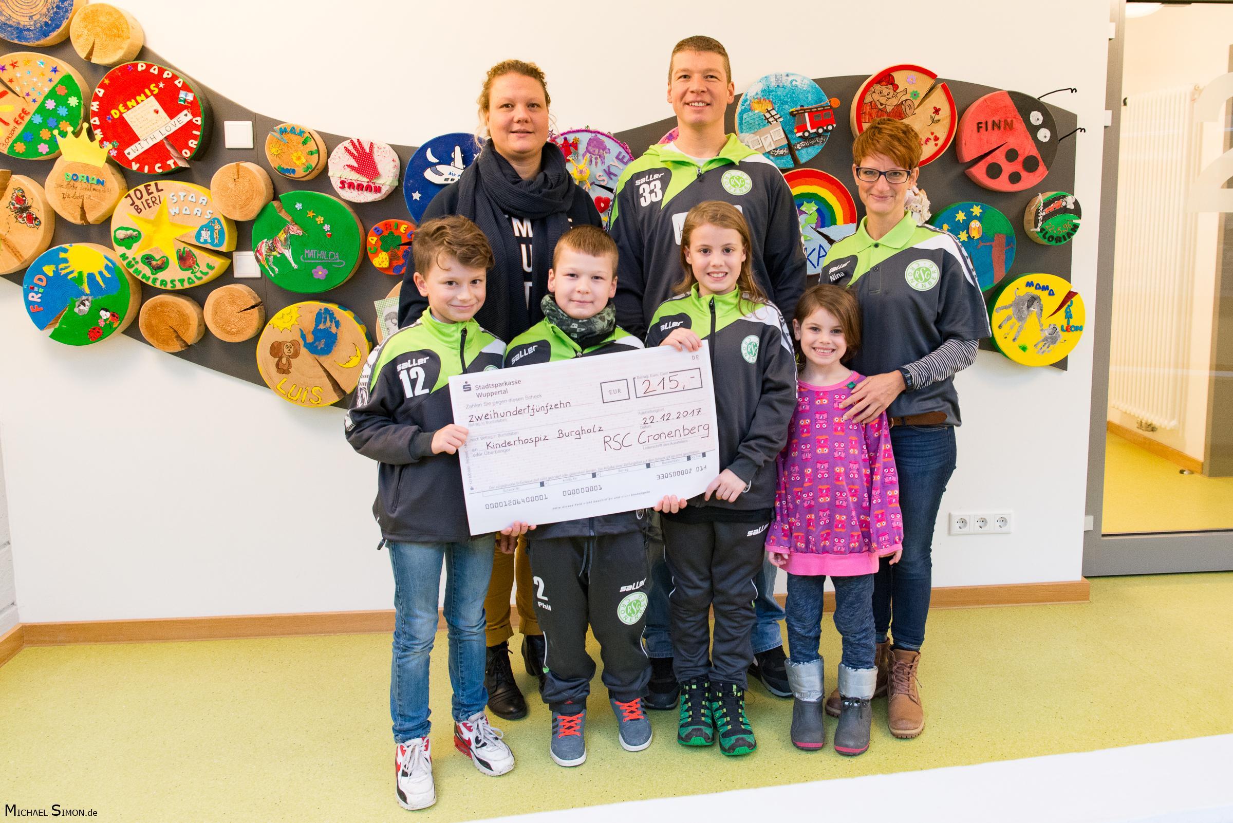 RSC Cronenberg Spendenübergabe Kinderhospiz Burgholz